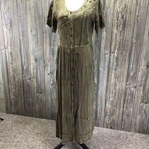 Select medium dress